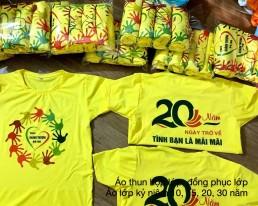Mẫu áo kỷ niệm 20 năm ra trường màu vàng