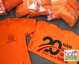 Áo kỷ niệm thành lập trường màu cam đỏ