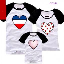 Áo gia đình mầu trắng hình trái tim