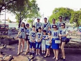 Áo đồng phục gia đình in chữ cái